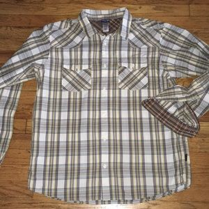 PATAGONIA midweight checkered button down shirt